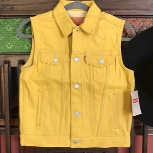 Levi's mustard yellow vest gray stitching NWT Med.